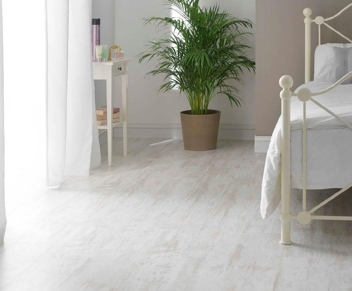 Vloeren laminaat wit: floer visgraat laminaat mat wit eiken vloer